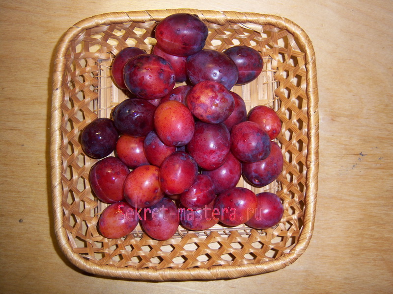Корзинка для фруктов взята за основу