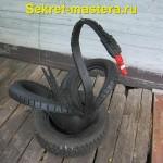 Черный лебедь из шины