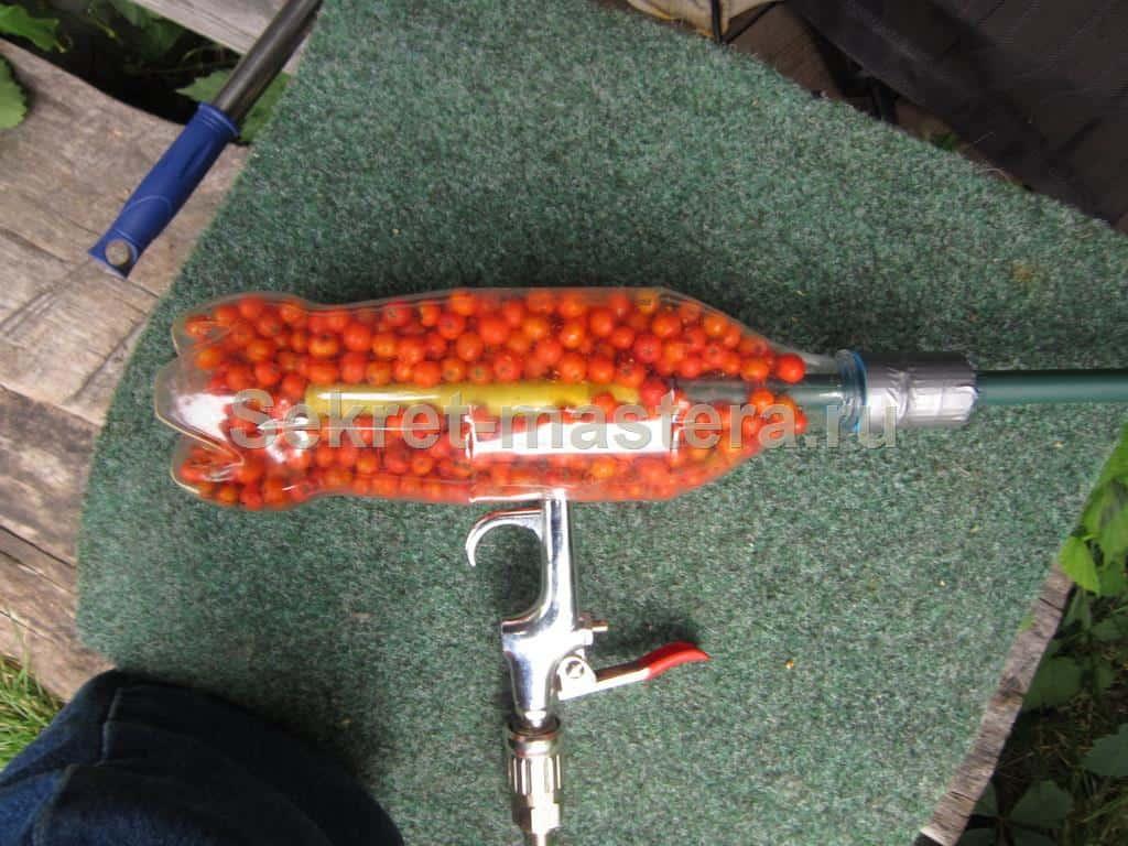 Как сделать пистолетик из бутылки в домашних условиях