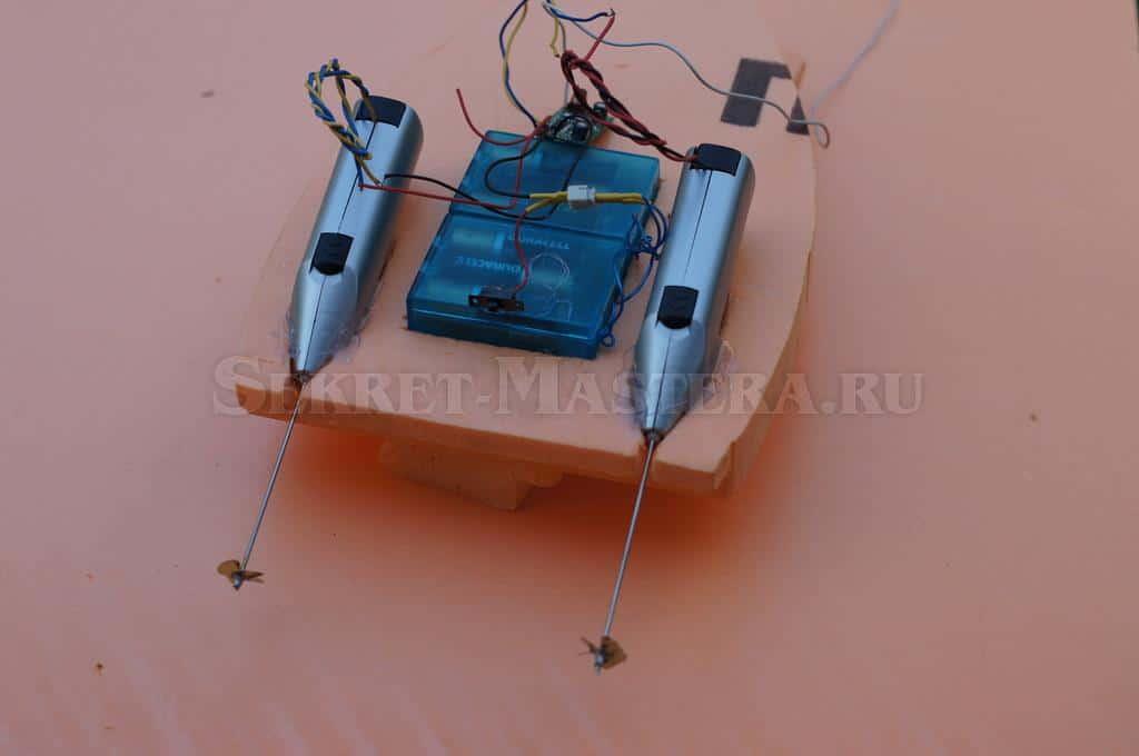 Как сделать кораблик на радиоуправлении