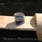 При необходимости наносим на скамейку слой лака