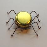 Игрушка паук из бутылочной крышки