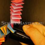 Соединяем фрагменты степлером