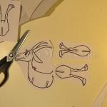 Вырезаем три детали козы
