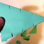 Делаем три прореза в боковых сторонах