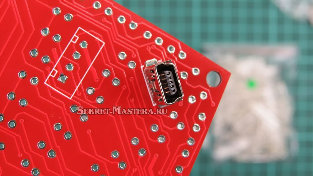 LED сердце. USB гнездо впаяно