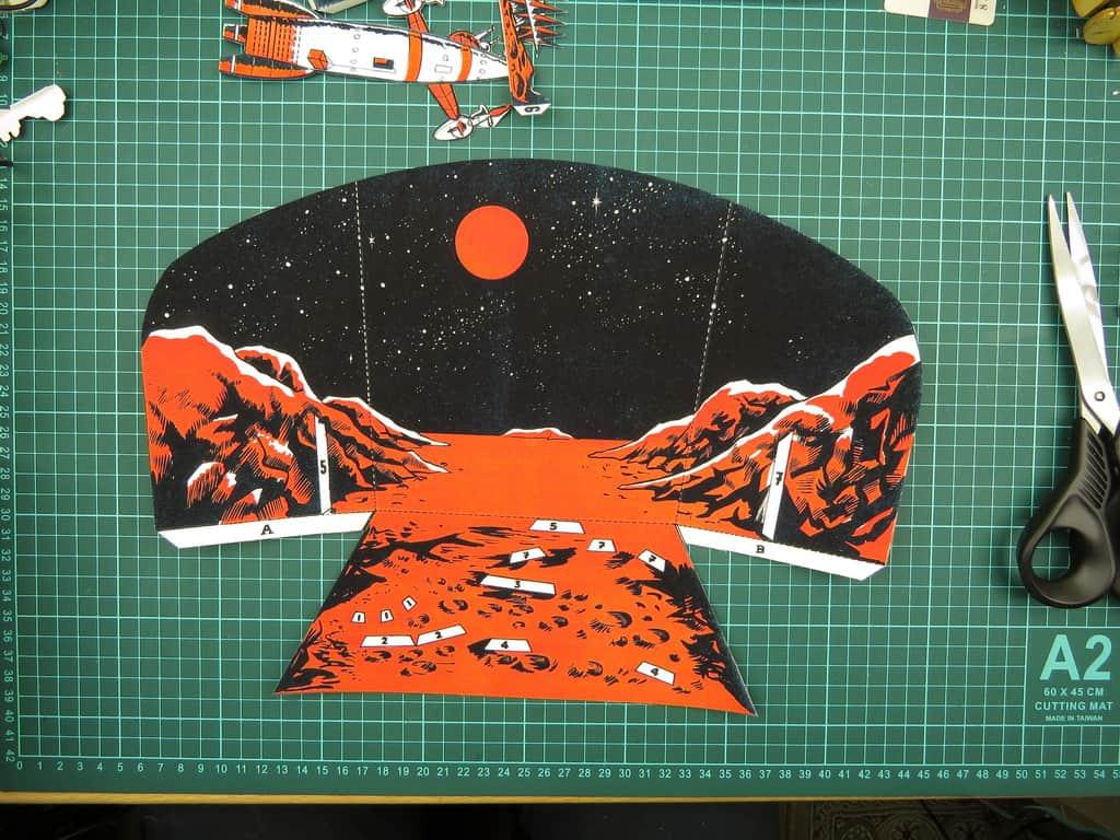 Диорама из бумаги космос освоение Луны